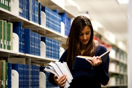 Σπουδές σε ιδιωτικά πανεπιστήμια και ΙΕΚ; Ο Συνήγορος του Καταναλωτή συμβουλεύει
